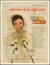 1966 vintage ad for HOLLYWOOD DIET BREAD, 'Dare to be different!' -091312