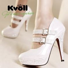 I've never been a fan of white heels, but I like!