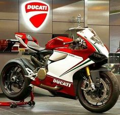 Ducati 1199 panigale  www.facebook.com/GarvsMeanMachine www.tumblr.com/blog/garv-speed-machines