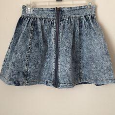 Skater denim skirt Mini skater denim skirt. Great when pair with converse or sandal. Worn once Skirts Circle & Skater