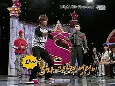 (gif) Daesung shaking his thang, soo funny MUST watch