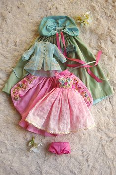 Prairie Rose, doll clothes by Kikihalb Forest~Tales | Flickr - Photo Sharing!
