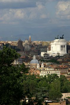 """Overlooking The Historical Center of Rome - What a great view!! The big building on the right is also known as """"The Wedding Cake""""."""