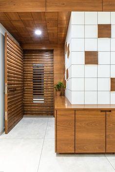 Elegant Front Wooden Door Design that Will Inspire You Foyer Design, Ceiling Design Living Room, Wooden Door Design, False Ceiling Design, Door Design Interior, Door Gate Design, Door Design Modern, Doors Interior Modern, Doors Interior