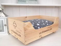 Wine crate cat bed-Chateau Le by BaxterandSnowwinebox on Etsy