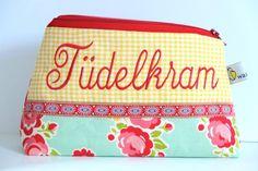 Schminktäschchen - Tüdelkram  - ein Designerstück von waseigenes bei DaWanda   christmas gift   zipper pouch   makeup bag