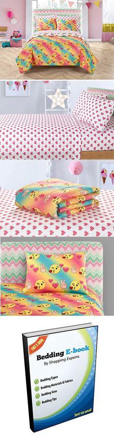 2dff69dd6e96 7 Piece Colorful Emoji Pals Motif Bed In A Bag Set Queen Size