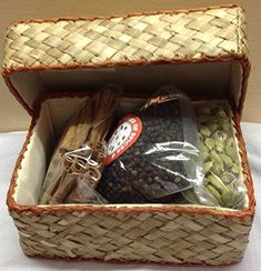 Home of Spices Gift in Bamboo Box of Pure Spices Pouch, 500 g Eco Friendly Bags, Garam Masala, Gourmet Recipes, Spices, Pure Products, Amazon, Amazons, Riding Habit