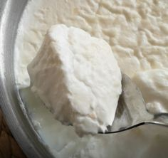 Mikrodalgada taş gibi yoğurt mayalama Dairy, Ice Cream, Cheese, Kitchen, Desserts, Food, No Churn Ice Cream, Tailgate Desserts, Cooking