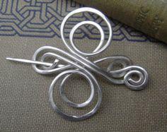 Kleine keltische Knot Cross Sterling Silber Schal Pin, Pin Schal, Pullover Brosche - keltische unendliche Swirl - keltische Zubehör - Lace Shawl Pin