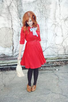 This dress is adorable.