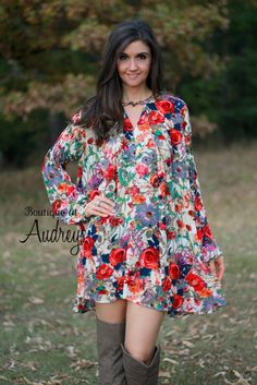 Umgee Red Floral Print Long Sleeve Dress with Keyhole Neck