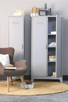 Woood Max lockerkast 2 deurs - IKenIK.nl nu 339 ipv 399