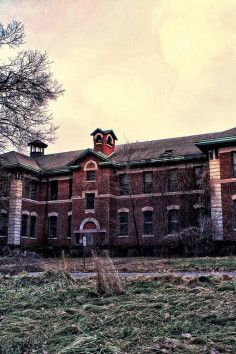 Overbrook Asylum - Cedar Grove, NJ 90 haunted acres...
