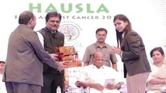 Builder Baba Shukla & Dr Rajseshwari Baba Shukla receiving momento from ...