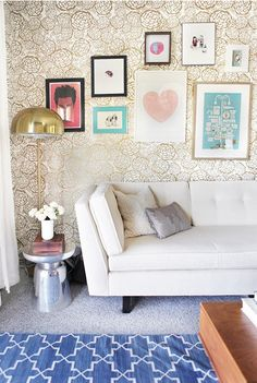 I love the wall art... I want one bold colorful wall