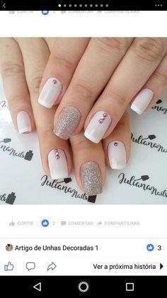 Pin by nicolette carvalho on nails La Nails, Pink Nails, Glitter Nails, Gorgeous Nails, Pretty Nails, Finger, Holiday Nail Art, Dream Nails, Elegant Nails