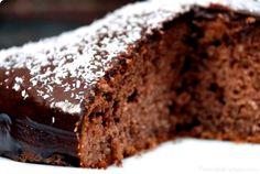 Tarta borracha de chocolate y coco