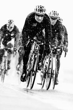 Milano Sanremo 2013 sobre nieve  #ciclismo #todobicis.net #bicicletas