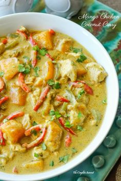Mango Chicken Coconut Curry ~ A little bit spicy and creamy, and a whole lotta delicious this Thai-inspired curry is loaded with chicken and mango (thai mango drinks) Mango Chicken Curry, Mango Curry, Coconut Curry Chicken, Thai Mango, Indian Food Recipes, Asian Recipes, Healthy Recipes, Ethnic Recipes, Asian Foods