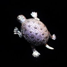 Vintage Silver Turtle Figural Brooch Pin Marcasite Style Brooch Pin is such a sweet figural that has a shell that appears to be in the style of marcasite, perfect for a figural or turtle collector.  M