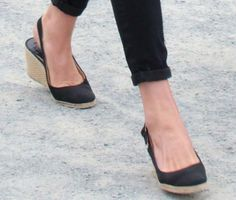 Kate Middleton wearing Pied a Terre slingback wedges