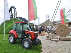 "Belarus' ""Wheel of Life"" rolls through grassy hillside at this year's Milan World Expo"