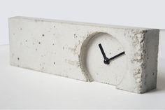Concrete Stuff for Remarque - concrete clock | Betonklok