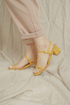 Baron Lemon (last pair in size Baron, Kitten Heels, Pairs, Shoes, Fashion, Moda, Shoe, Shoes Outlet, Fashion Styles