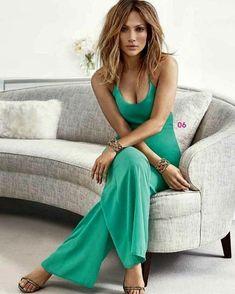 Jennifer Lopez - Bonnie Jordanna Greyson (par do Ethan) Medium Hair Styles, Curly Hair Styles, Foto Face, Great Hair, Looks Style, Hair Lengths, New Hair, Hair Inspiration, Beautiful People