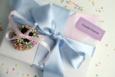 Bake Sale, Dessert Table, Cake Pops, Frosting, Sprinkles, Cupcake Cakes, Wedding Cakes, Gift Wrapping, Favorite Recipes