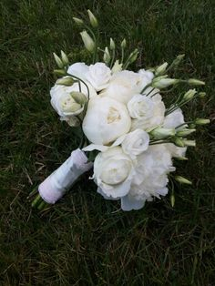 Bridal Flower Bouquet For Perfect Wedding Day 37 Perfect Wedding, Dream Wedding, Wedding Day, Bridal Flowers, Love Flowers, Boutonnieres, Wedding Flower Arrangements, Bride Bouquets, Flower Decorations
