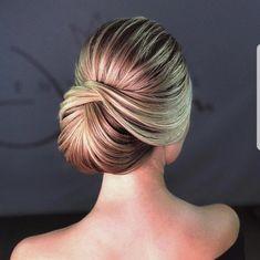 Hair Bun Ballet Hairstyles Ideas For 2019 Ballet Hairstyles, Bride Hairstyles, Pretty Hairstyles, Hairstyle Wedding, Hairdos, Wedding Hair And Makeup, Bridal Hair, Mother Of The Bride Hair, Bridesmaid Hair