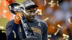 #VonMiller Signs With Denver #Broncos for 6 years, For $114.5M #NFL read more at http://ftwsportsreport.com/von-miller-signs-denver-broncos-6-years-114-5m/