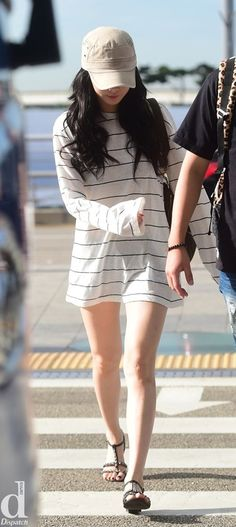 cool 4minute Hyuna Airport Fashion by http://www.globalfashionista.xyz/k-fashion/4minute-hyuna-airport-fashion-2/