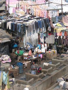 Doing the daily laundry - Mumbai style!