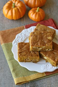 Pumpkin White Chocolate Chip Bars  2 cups flour 1 teaspoon baking soda 3/4 teaspoon salt 1 1/2 teaspoons cinnamon 1/2 teaspoon ginger ...