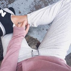 It's the freakin' weekend, we're about to wear some athleisure. #Regram: @boymominjeans