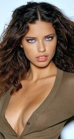 Adriana Lima ♥ ♥ ♥ such sultry eyes… Adriana Lima, Beautiful Models, Beautiful Eyes, Gorgeous Women, Stunning Brunette, Actrices Hollywood, Brazilian Models, Look At You, Mannequins