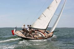 Arcachon sloop, from the French Cape-Cod, or Chesapeake Bay ?