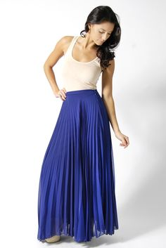03349c3001f Blue maxi skirt - looking for something like this to go with my new crop top !