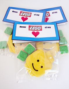 lego cookie gift bags - If I can find some Dulpos for my guests, this would be a…