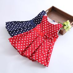 Girls' dresses new fashion 2014 summer red/blue baby dress girl clothes kids sleeveless cotton dot dress girls clothes retail-in Apparel & . Kids Frocks Design, Baby Frocks Designs, Fashion Kids, Toddler Outfits, Kids Outfits, Baby Dress Design, Toddler Girl Style, Dresses Kids Girl, Vintage Dresses