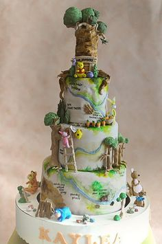 100 acre wood cake - the cake rotates!