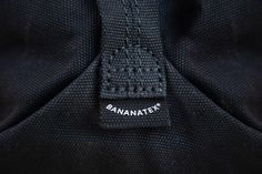Banantex® – Versatility is the essence, sustainability the base: biodegradable, buckles, yarn and zippers can be recycled. Flexible carrying options, adjustable volume for everyday wear. Backpack Straps, Everyday Bag, Vegetable Tanned Leather, New Model, Biodegradable Products, All Black, Pure Products, Zip, Fabric