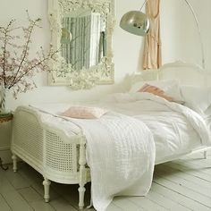 love this bed - little girl room