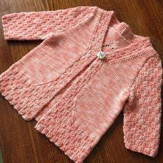 This Pin was discovered by ber Knit Baby Dress, Dress With Cardigan, Sweater Cardigan, Dress Vest, Pullover, Baby Knitting, Knitted Baby, Kids Wear, Knitting Patterns