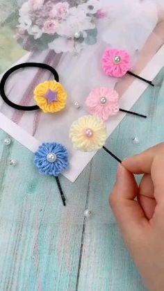 Kids Crafts, Diy Crafts For Kids Easy, Diy Crafts Hacks, Diy Crafts For Gifts, Diy Arts And Crafts, Yarn Crafts, Kids Diy, Easy Diy, Fabric Crafts