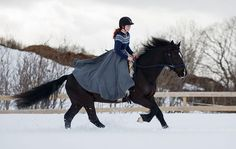 ❤ Ridingskirt by: @klesarven   Fotograf: @equinekwann ❤