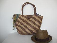 Bolso y sombreros elaborados con Palma de Iraca. Sandoná, Nariño.